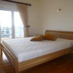 6) 2nd bedroom